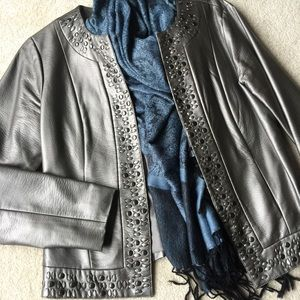 Light Weight Silver/Grey  Jacket Size 6