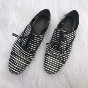 TORY BURCH STRIPED LEATHER OXFORDS SHOES SZ 8