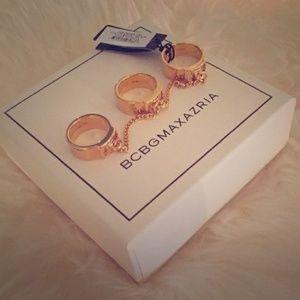 🎉 HP 🎉 BCBGMAXAZRIA 3 finger chain ring NIB