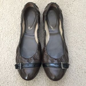 Tod's Shoes - 💥TOD'S💥 grey/brown patent buckle flats ~ 8.5