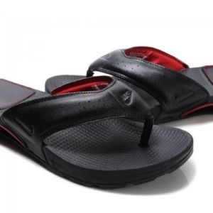 65978105fdcaf2 Nike Shoes - Men s Nike Shox Thong Sandals size 10