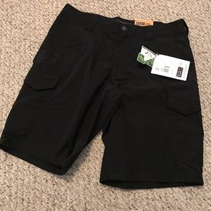 5.11 Tactical Other - 5.11 Stryke Shorts Black NWT size 32