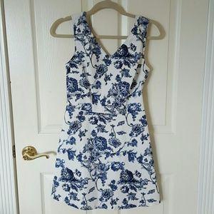 Blu Pepper Dresses & Skirts - Blu Pepper floral print dress