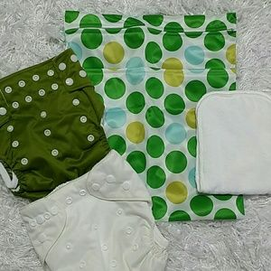 jungle Roo  Other - Olive /cream Cloth diapers set. Kids.