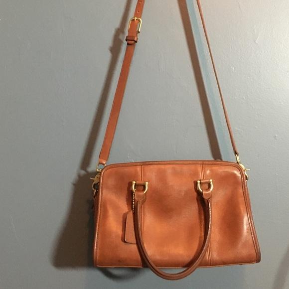 289e0a92b7f Coach Bags   Classic Vintage Cognac Leather Crossbody   Poshmark