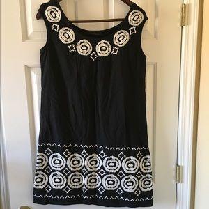 Carolina Herrera Dresses & Skirts - Carolina Herrera Cotton Embroidered Dress