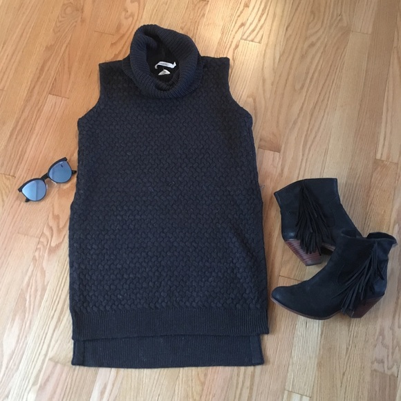 Bailey 44 Sweaters - Bailey 44 Turtleneck Sleeveless Sweater