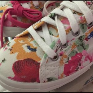 Bobs Shoes - Bobs canvas sneakers Brand new never used