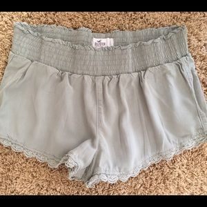 Hollister XS shorts