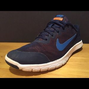 Nike Other - Girls Nike Shoes - Size 6 - Blue