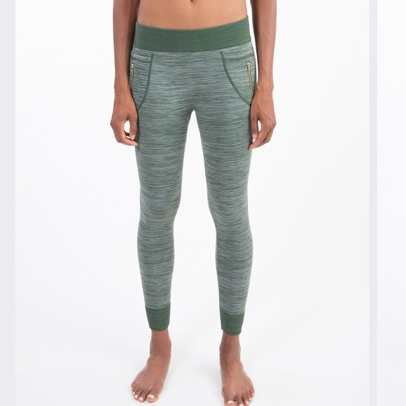 0f99573db5 NEW Olive Fleece Space Dyed Zip Pocket Leggings. NWT. $25 $50. Size. L