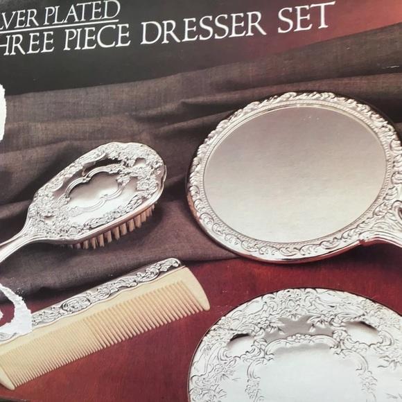 3 PIECE SILVER PLATED DRESSER SET & 3 Piece Silver Plated Dresser Set   Poshmark