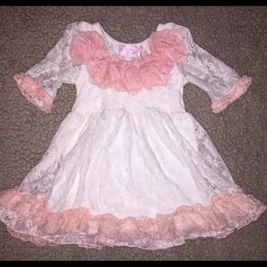 Popatu Other - EUC Popatu lace ivory & pink dress