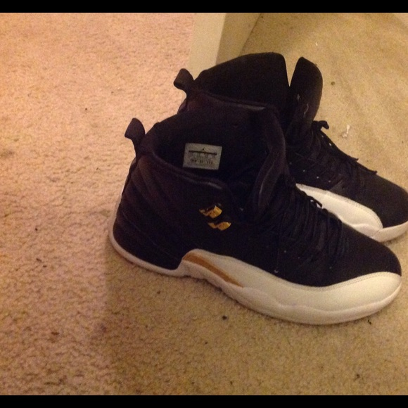 wing 12s