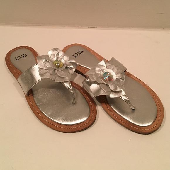 Stuart Weitzman Shoes - Stuart Weizmann silver sandals