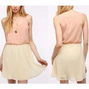 Pins & Needles Dresses & Skirts - HOST PICK🎉Pleated chiffon Urban Outfitters dress