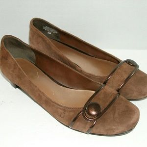 Nine West 'Winsort' brown button suede flats 6.5M