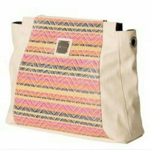 Miche Handbags - NIP Miche Pamela prima shell
