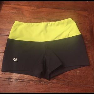 Via Prive Pants - Ladies Via Prive crossfit booty shorts