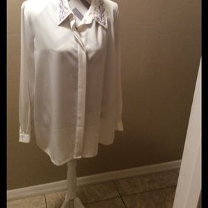 Koret Tops - Koret blouse (cream ) new ) size 20 washable
