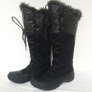 The North Face Shoes - The North Face Black Suede Primaloft Snow Boot 7.5