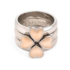 Jewelmint Jewelry - 🆕Jewelmint Stackable Heart Ring
