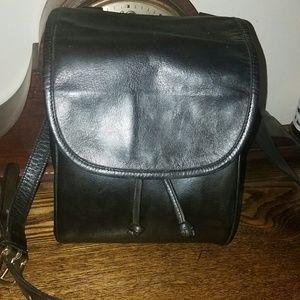 Coach Handbags - Vintage 1991 Coach mini drawstring crossbody