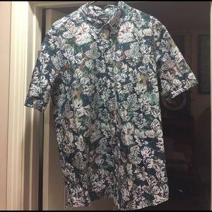 Etnies Other - Etnies Hawaiian Floral short sleeve button shirt