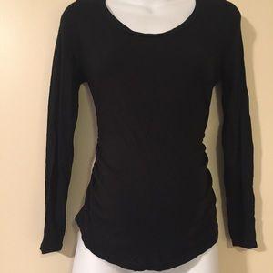 Liz Lange Tops - Maternity Long sleeve top size medium