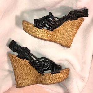 Qupid Shoes - QUPID• (sz8.5) STRAPPY WEDGES