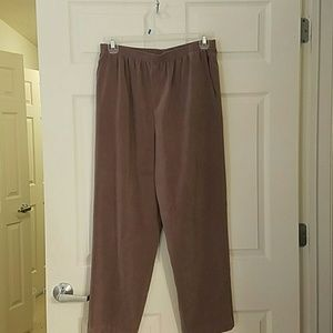 Alfred Dunner Pants - WOMENS PLUS SIZE 16 PANTS