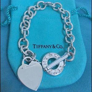 🔴💋Authentic Tiffany & Co Toggle Bracelet 🔴