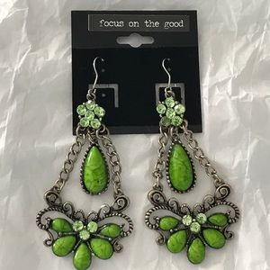 Jewelry - Gorgeous Green and Brass colored Dangle Earrings
