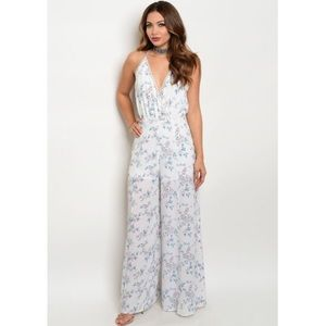 Nordstrom Pants - New beautiful floral jumpsuit