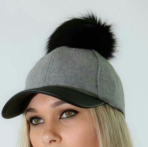 Accessories - New 2 Tone Pom Hat