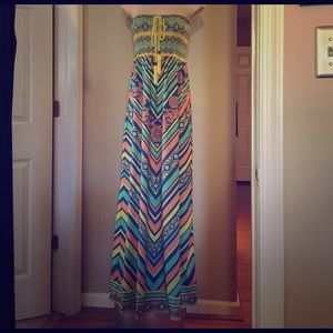 Printed maxi dress sz L