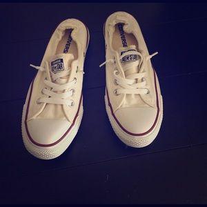 converse slip on kicks