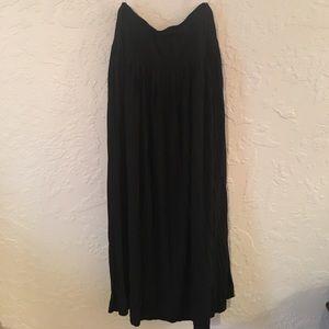 Free People Dresses & Skirts - Black pleaded maxi skirt