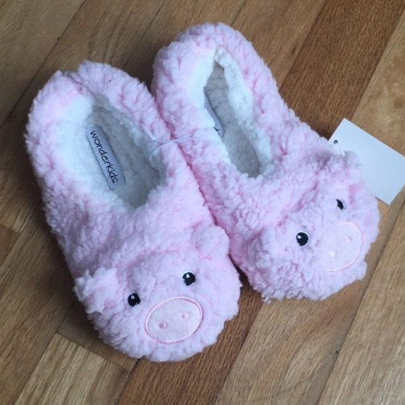 cf3572ee33ba Fuzzy Pink Pig Kids Girls Slippers