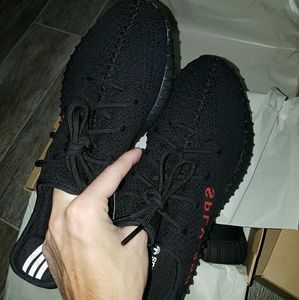 Adidas Yeezy Boost 350 v2 Bred Review from yesyeezy cc