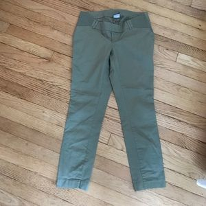 Old Navy Pants - NWOT Old Navy Maternity ankle pants