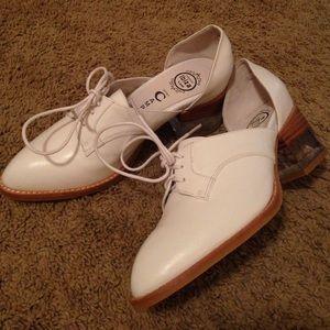 Jeffrey Campbell heel oxfords sz 8 fit like 8.5