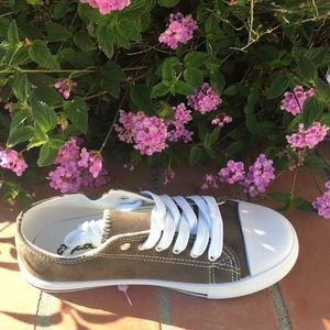 SHOEROOM21 boutique Shoes - Ladies lace up suede sneakers. Charcoal. NIB
