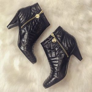Vince Camuto Shoes - Patent Vince Camuto Heels, Size 7