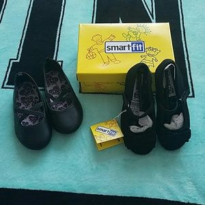 Smart Fit and Healthtex Other - Final Price Drop 😊 Bundle of toddler girl shoes