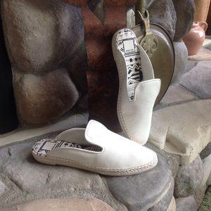 Dolce Vita Shoes - 🍃💕Dolce Vita Leather Slip On Mule Espadriile