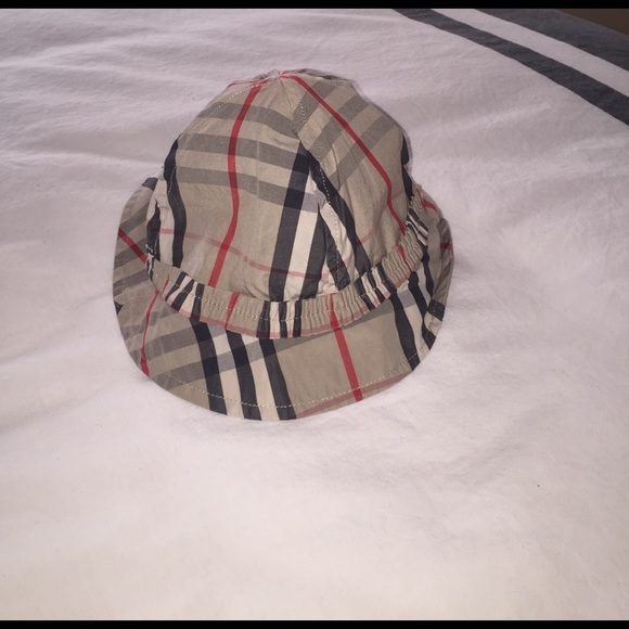 Burberry Other - Like New Baby Girl Burberry Bucket hat! d3c1c534656