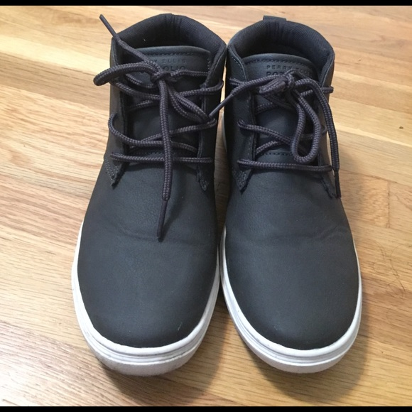 8a43f83add9 Perry Ellis Portfolio Sneakers. M 58a767f23c6f9f8b3a01850c