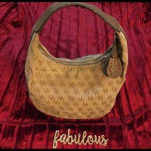 Dooney & Bourke Handbags - Dooney & Bourke tan original canvas bag