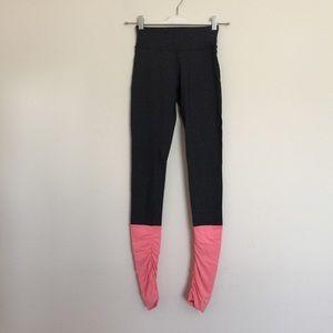 Beyond Yoga Pants - Beyond Yoga grey and pink leggings XS